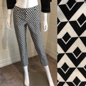 WHBM skinny ankle pant size 0p Art Deco
